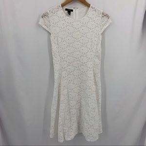Alfani white lace cap sleeve dress size 2